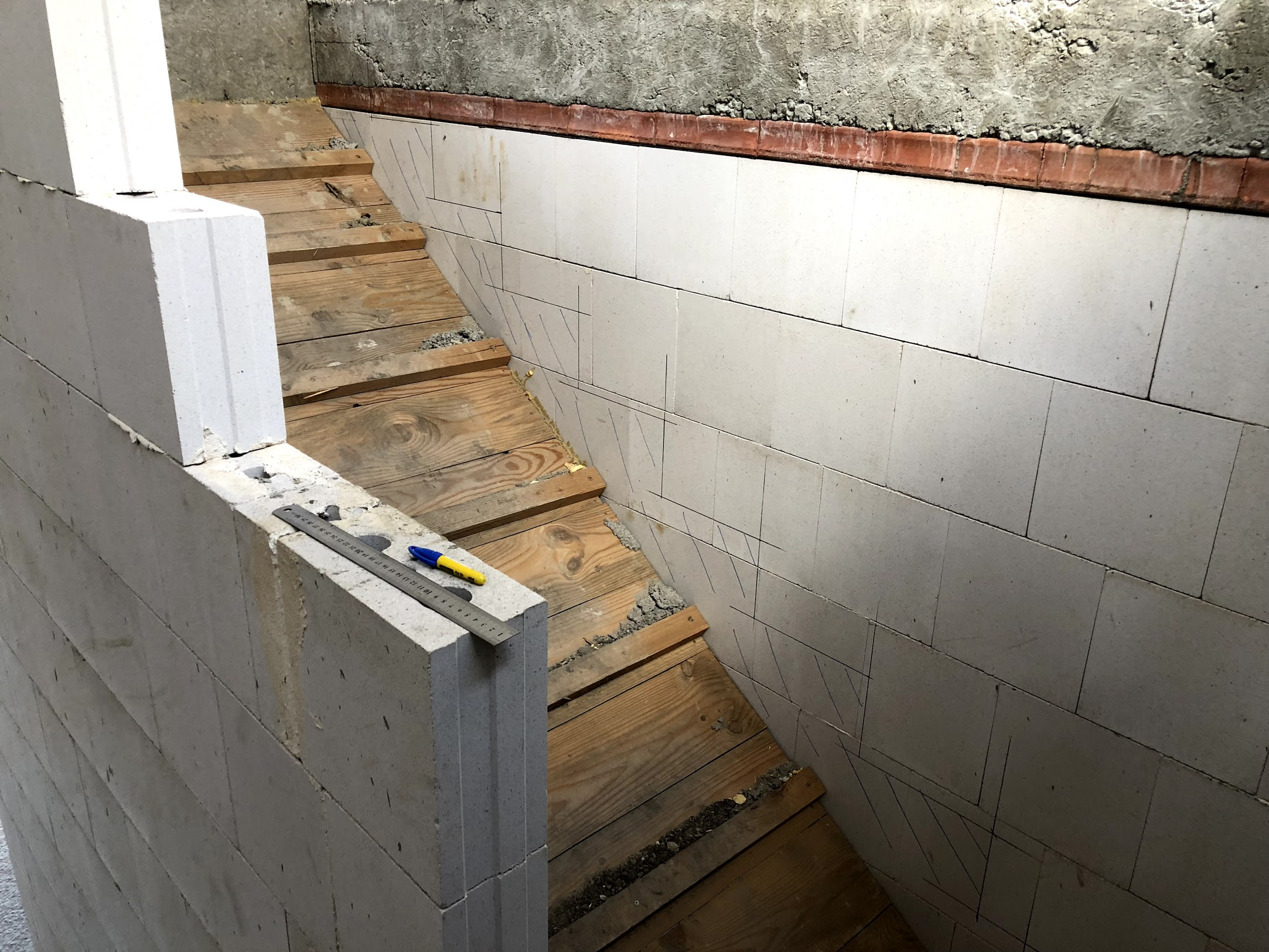 První rameno schodiště